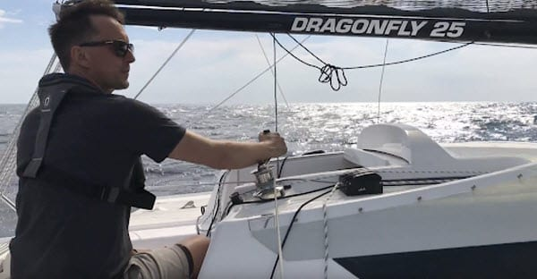 Words from a Sailor – How the Dragonfly 25 Sport Outperforms Expectations