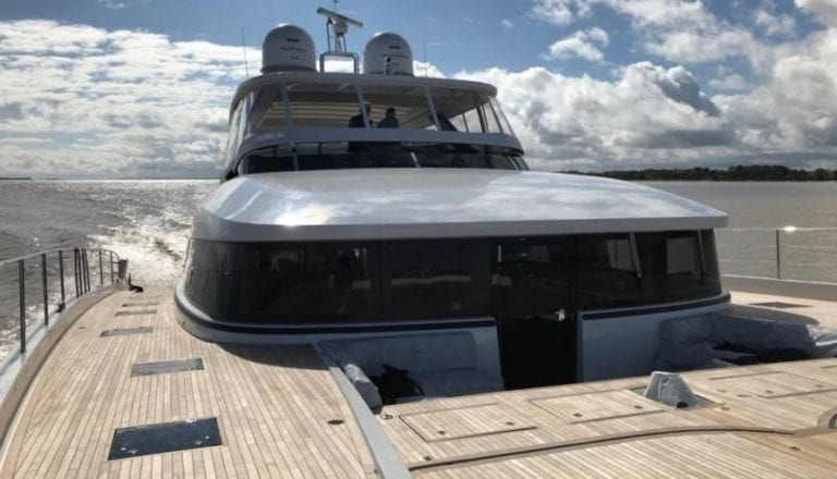 Lagoon SEVENTY 8's Grand Entrance - Best Power Catamaran 2017